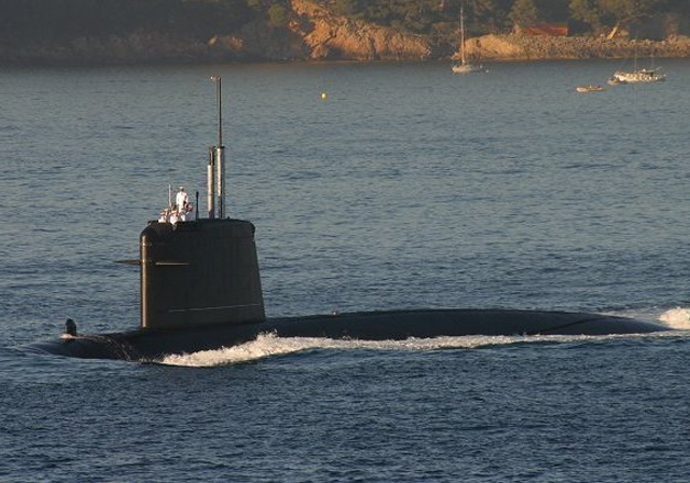 Pakistan to buy eight attack submarines from China