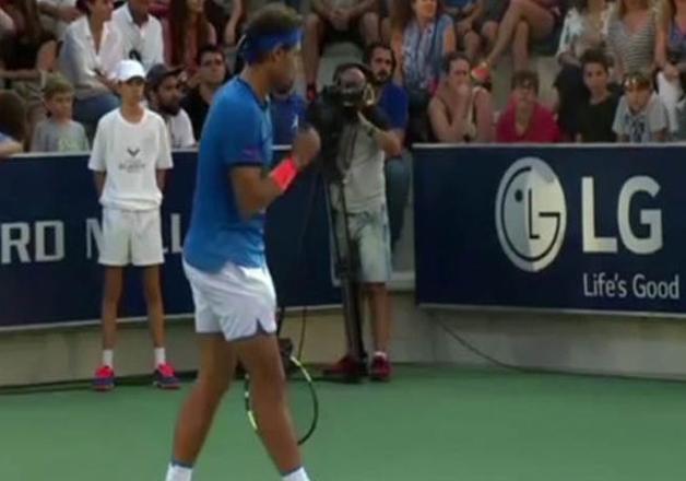 India Tv - Tennis superstar Rafael Nadal stops game mid-way