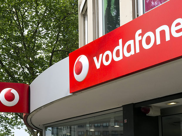 Vodafone to invest Rs 20,000 cr in India operations