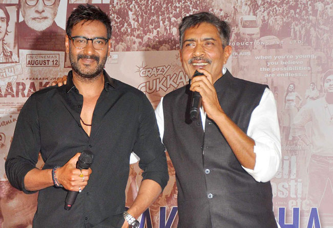 Ajay Devgn gets support from Prakash Jha in battle against