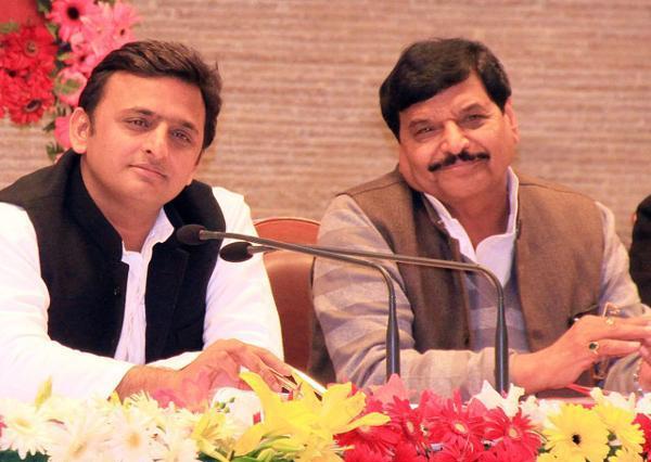 Akhilesh Yadav and Shivpal Yadav | India TV