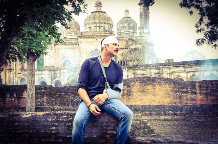 Big-hearted Akshay replies to fan worrying about his