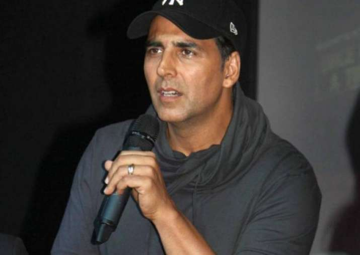 Confirmed! Akshay Kumar is NOT a part of Omung Kumar's