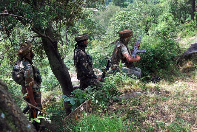 Pakistan resorts to unprovoked firing along LoC in Poonch
