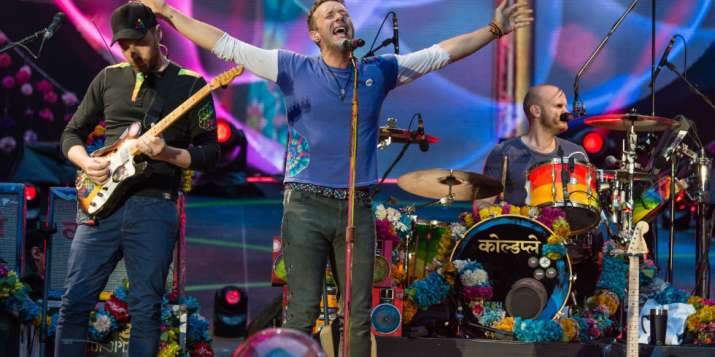 India Tv - Coldplay performing