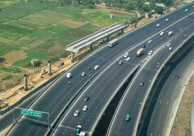 Delhi to Jaipur in two hours with new highway, says Nitin