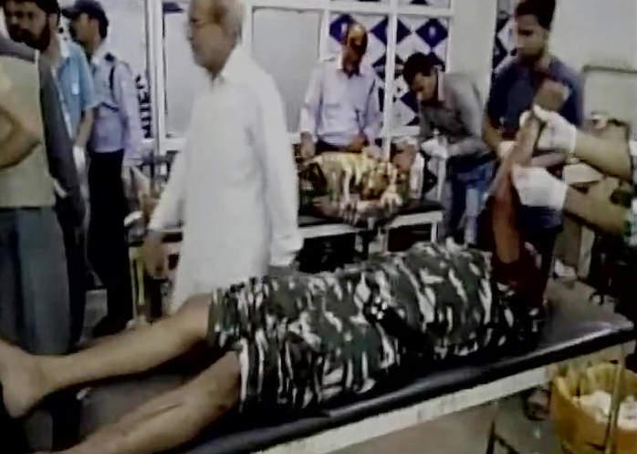 Injured CRPF troopers | India TV