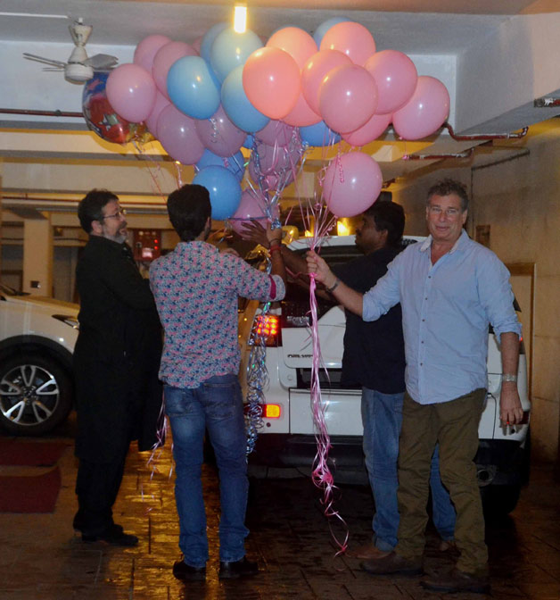 India Tv - Kareena Kapoor's private birthday bash pictures are out. Check here