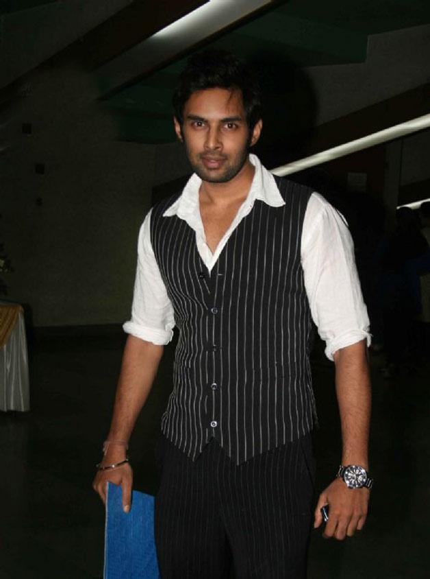 India Tv - Rahul Raj Singh in tentative Bigg Boss 10 contestants list