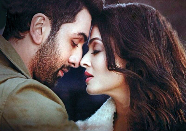 Steamy scenes between Ash and Ranbir in ADHM