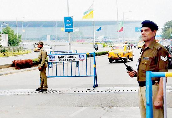 Man jumps boundary wall to get inside Delhi IGI Airport