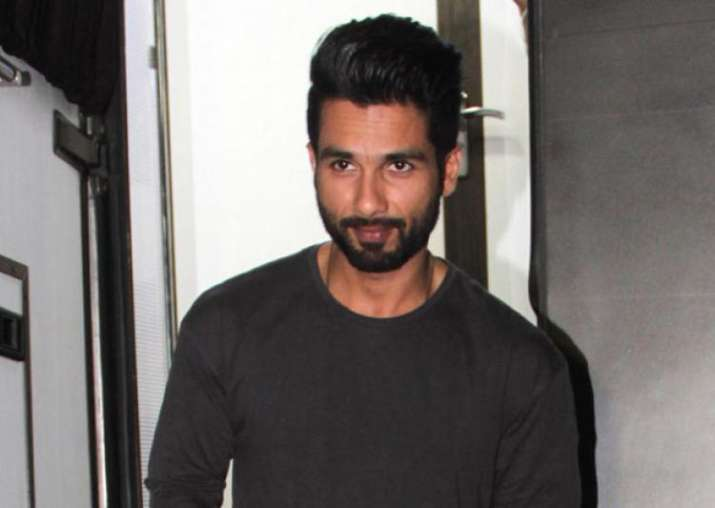 Not dad Pankaj Kapur, but this person is Shahid Kapoor's
