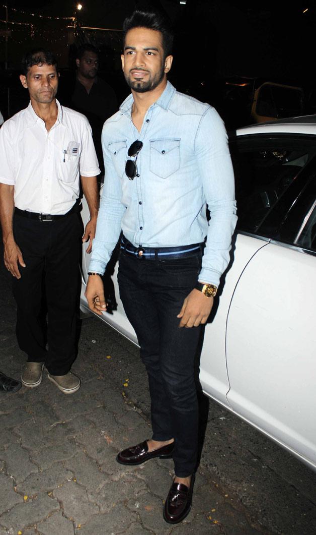 India Tv - Upen Patel at Raj Kundra's birthday bash