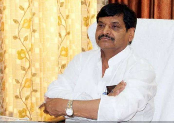 Shivpal Yadav suspends 10 SP leaders of Akhilesh camp