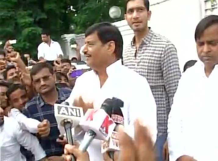 Shivpal Yadav addressing his supporters in Lucknow