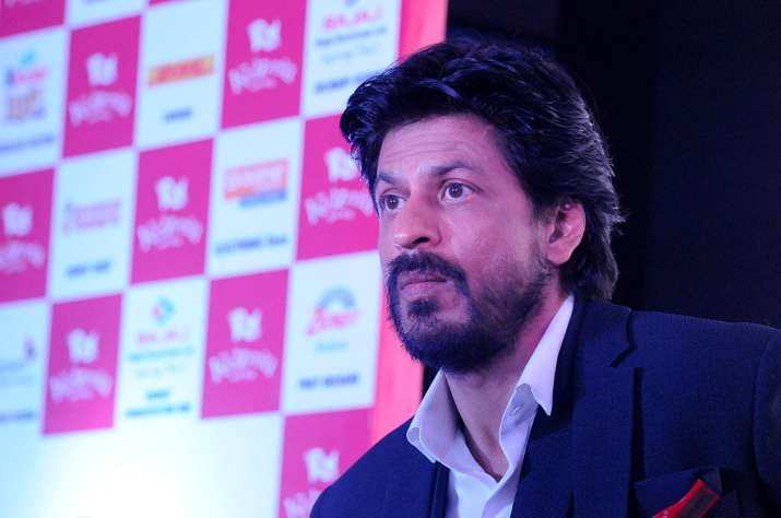 Shah Rukh Khan gets 'judgemental' when men wear THIS
