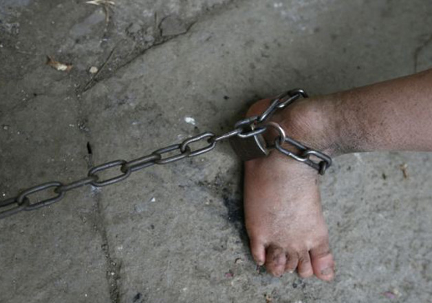 Pic of minor chained in a Jammu madrasa goes viral