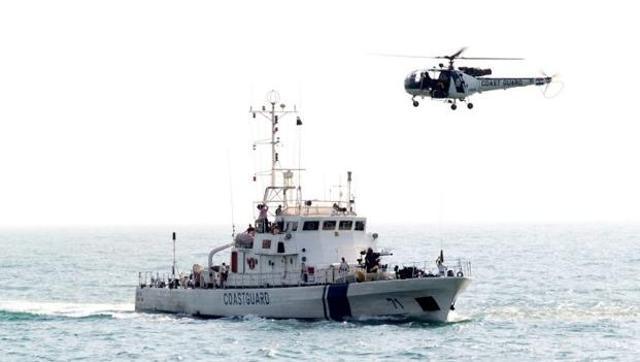 Indian Coast Guard apprehends Pakistani boat off Gujarat