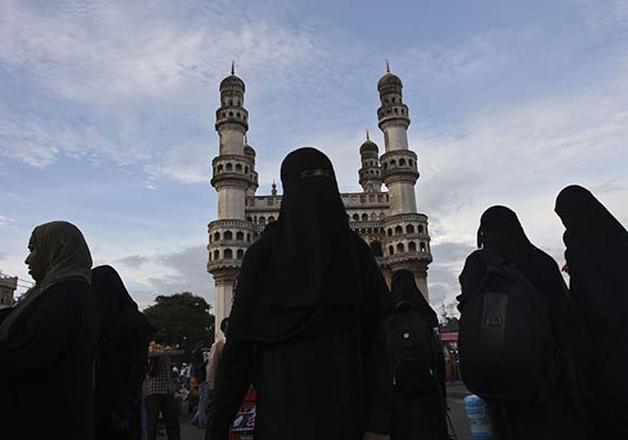 Muslim women near Char Minar in Hyderabad