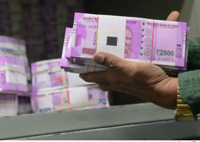 Over two lakh micro-ATMs to disburse new currency: