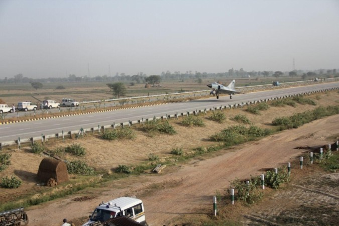 At Expressway inauguration, fighter jets and praise for CM