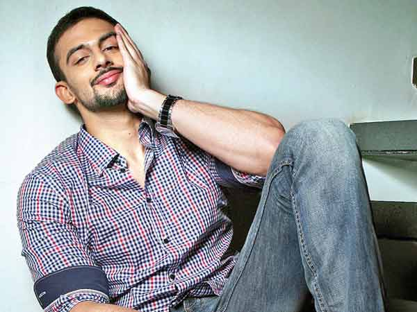 All rumours! Arunoday Singh is NOT yet married
