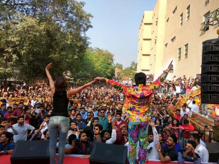 India Tv - Ranveer, Vaani's 'Befikre'