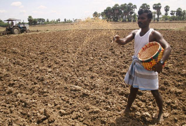 centre allows farmers to use Rs 500 note for seed purchase