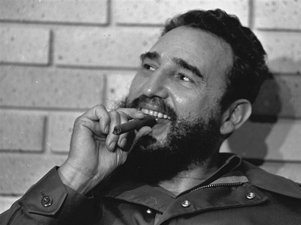India Tv - Fidel Castro quit smoking in 1985