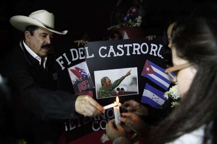 India Tv - A vigil mourning the death of Fidel Castro in Havana