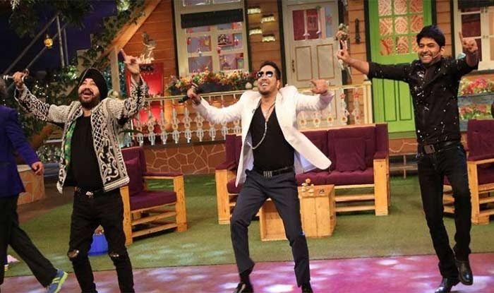 India Tv - Daler Mehndi, Mika and Kapil having fun