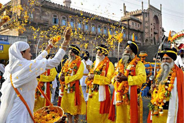 India Tv - Guru Nanak Jayanti celebration