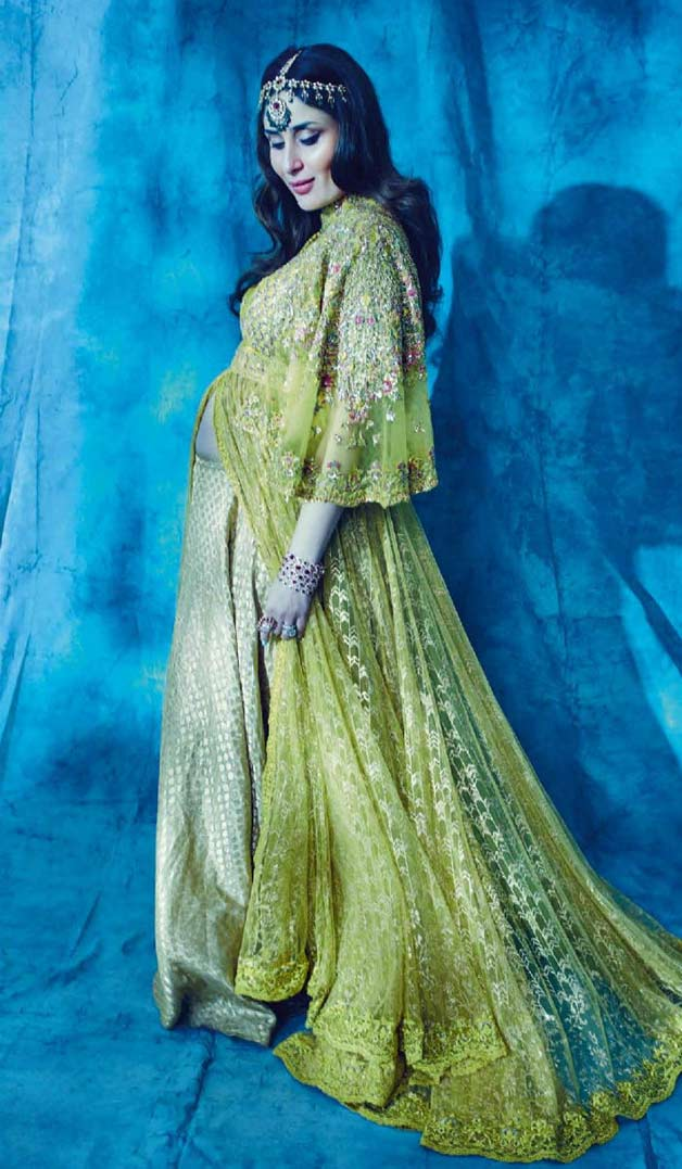 India Tv - Kareena slays in green dress