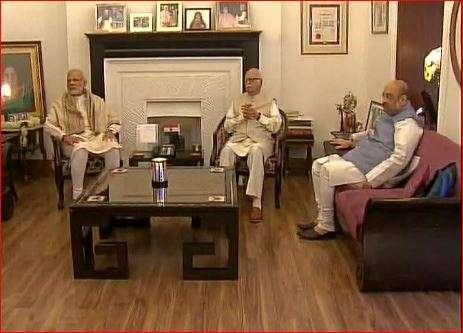 India Tv - PM Modi wishes Advani on his birthday