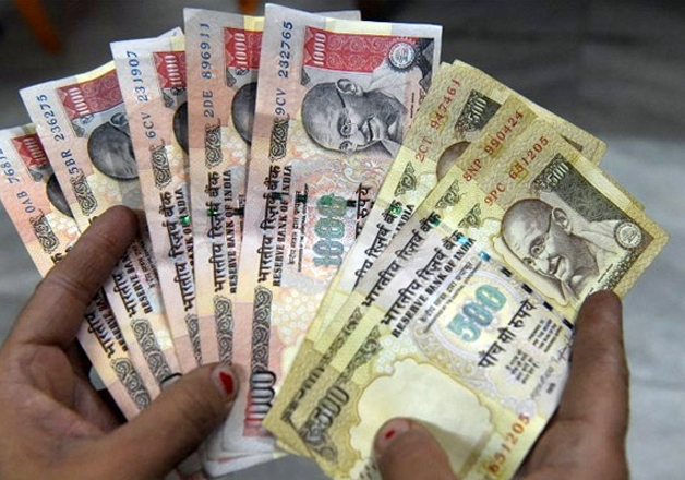 File pic - Rs 500 and Rs 1,000 notes on display