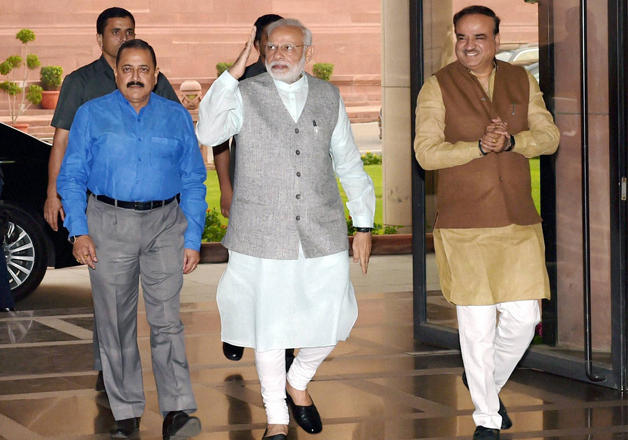 PM Modi with Ministers Ananth Kumar and Jitendra Singh at