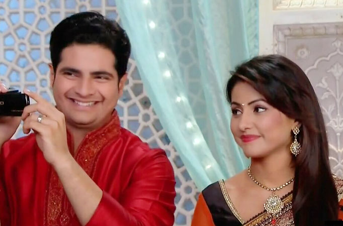 Karan Mehra talks about Hina Khan's exit from 'Yeh