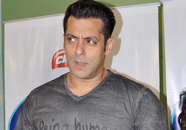 Confirmed! Salman Khan NOT a part of 'Race 3'