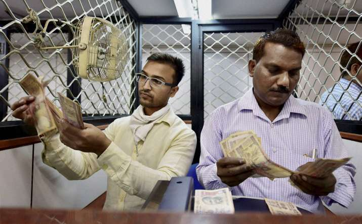 SBI deposits zoom up by Rs 53,000 crore