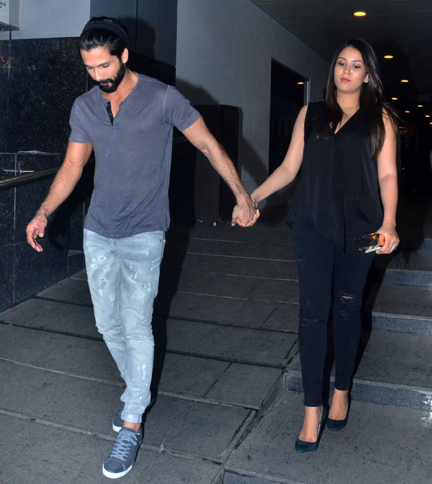 India Tv - Shahid Kapoor with Mira Rajput
