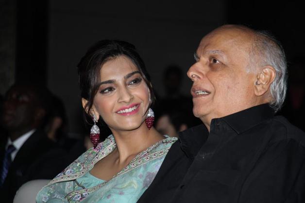 India Tv - Sonam Kapoor and Mahesh Bhatt