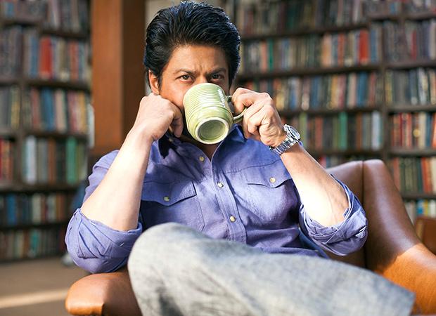 Shah Rukh Khan as Dr Jehangir Khan aka Dr Jug in 'Dear