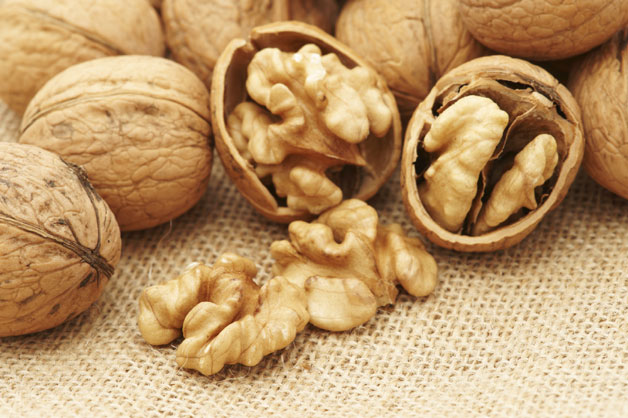 Consumption of this nut can prevent men from depression