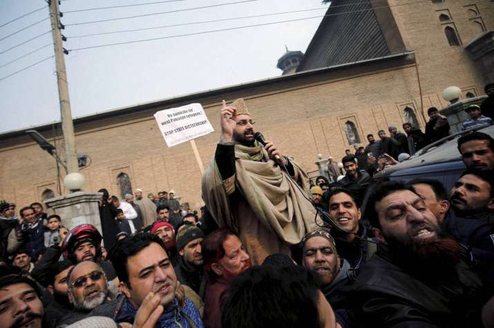 J&K police downgrades security of separatist leader Mirwaiz