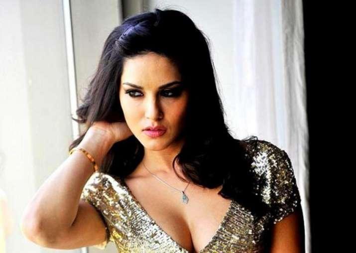 I still struggle to adjust in Bollywood, Sunny Leone on