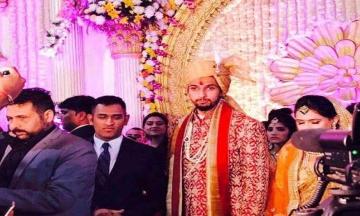 India Tv - Ishant Sharma with MS Dhoni