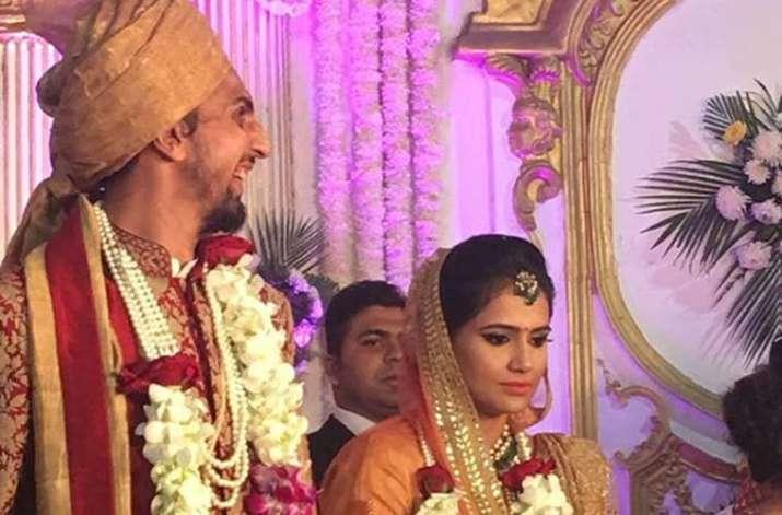 India Tv - Ishant Sharma and wife Pratima