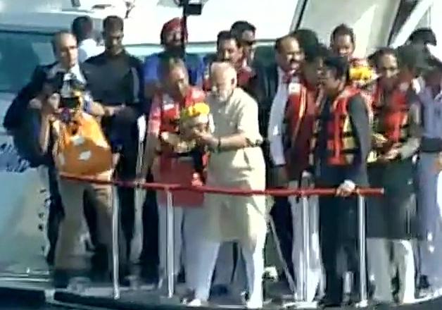 PM Modi performs 'bhoomipujan' for Chhatrapati Shivaji
