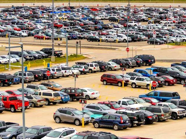 Govt looking to make parking space mandatory for buying