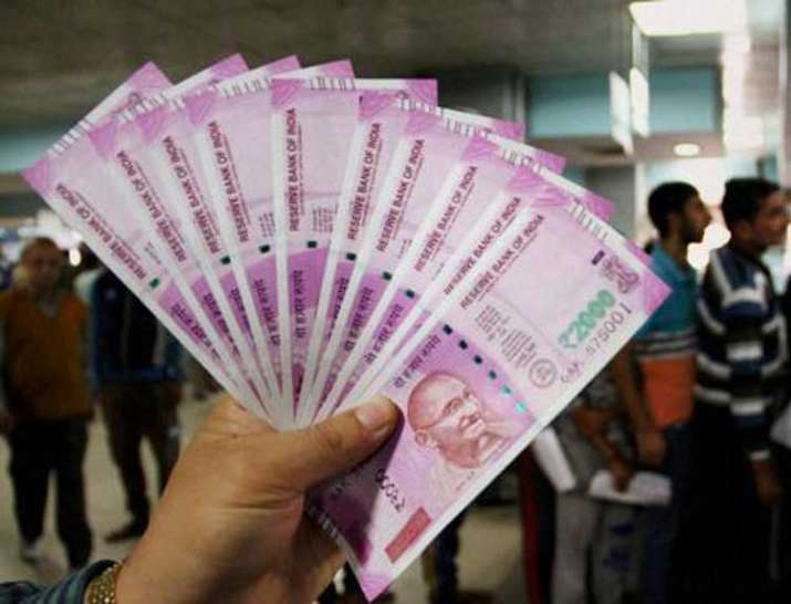 Thane Police nabs 3 middlemen, seizes Rs 1 cr in 2000 notes